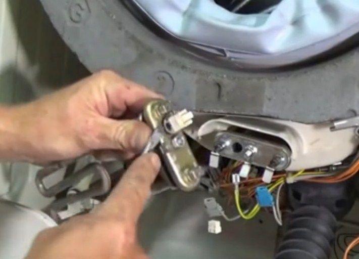 Ошибка F38 в стиральной машине Бош