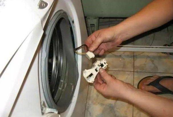 Ремонт блокиратора стиральных машин Занусси