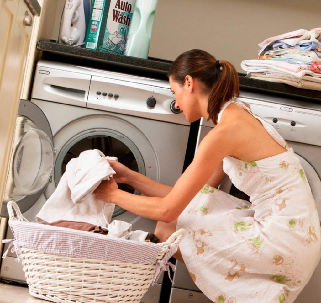 Как стирать белые вещи в стиральной машине