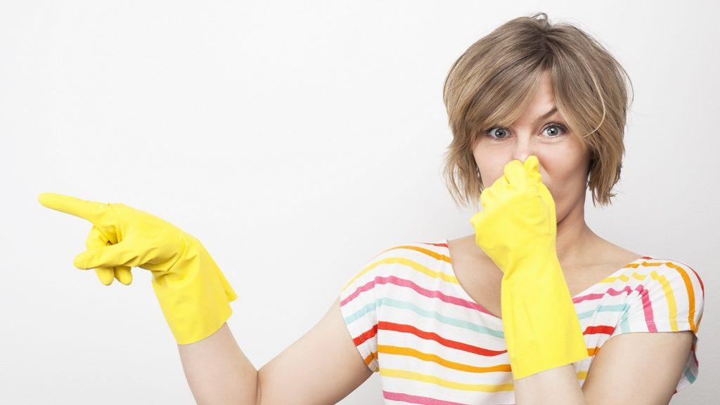 Как убрать запах бензина из стиральной машины