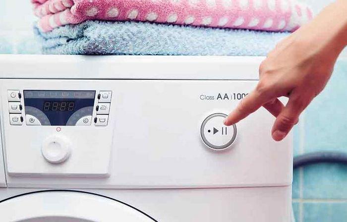 В стиральную машину попал посторонний предмет