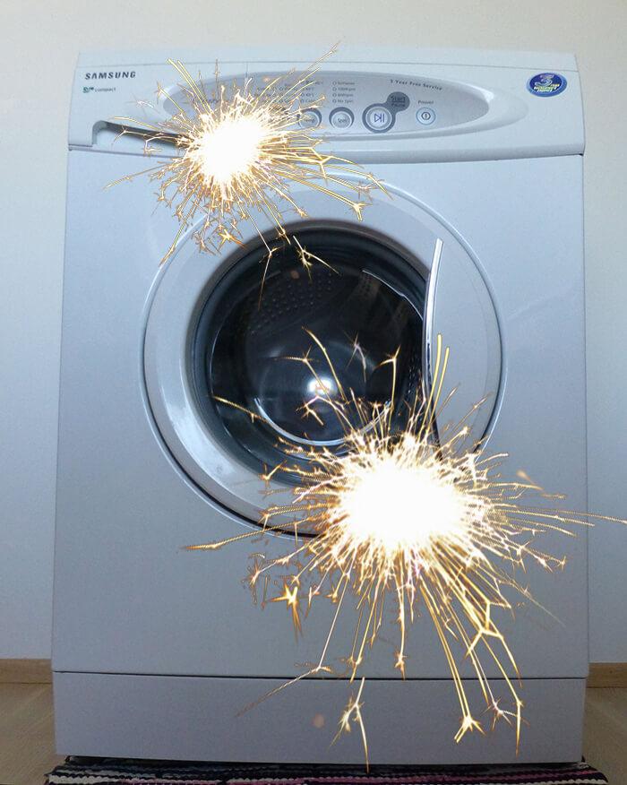 Искрит стиральная машина: что делать