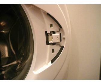 Как заменить ручку на двери стиральной машины