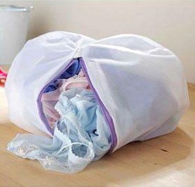 Зачем нужны мешочки для стирки в машине