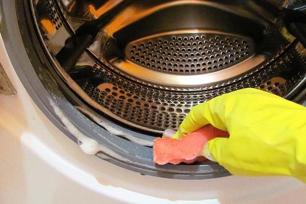 Как очистить стиральную машину от запаха, грязи и накипи