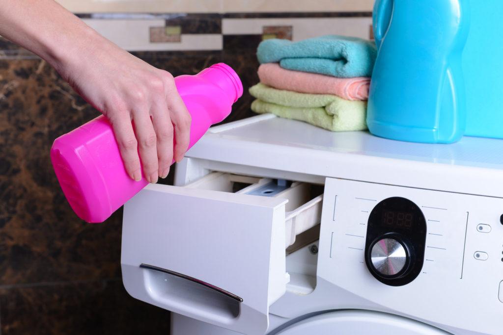промывайте сливной фильтр