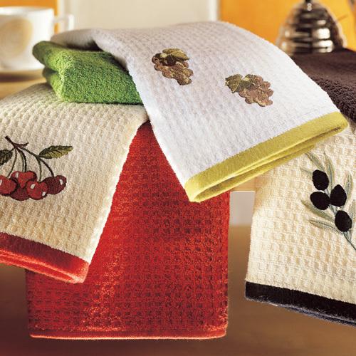 Чем стирать белые полотенца