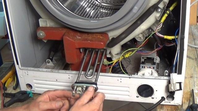 Зависла стиральная машина: как определить и устранить причину