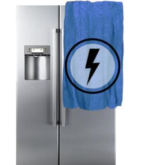 Почему при включении холодильника выбивает пробки