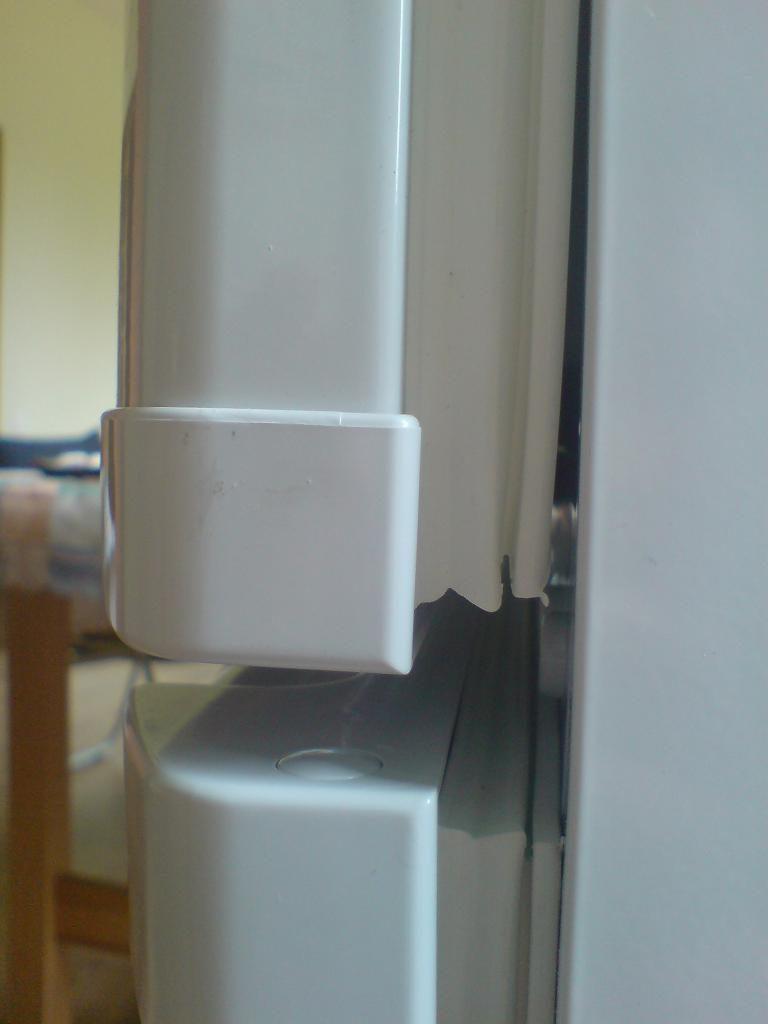 Холодильник «Снайге» работает без остановки