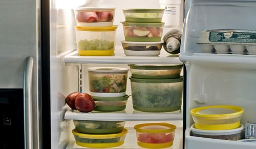 Холодильник громко работает