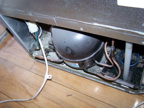 По каким причинам не работает двухкамерный холодильник «Стинол»