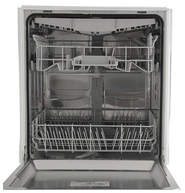 Встраиваемая посудомоечная машина Bosch SMV 47L10 с двумя лотками в строгом стиле