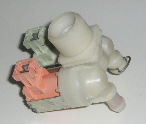 При возникновении ошибки е4 в посудомоечных машинах Ханса следует провести диагностику заливного клапана