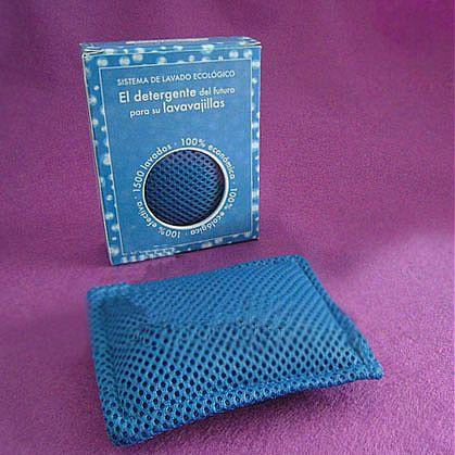 Обзор наномешочка в виде подушечки небольших размеров с чистящим средством внутри