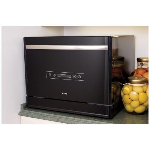 Пример расположения компактной посудомоечной машины на столешнице кухонного гарнитура