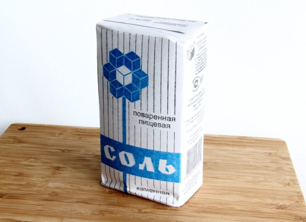 Пищевая каменная соль может послужить аналогом специальной для посудомоечной машины