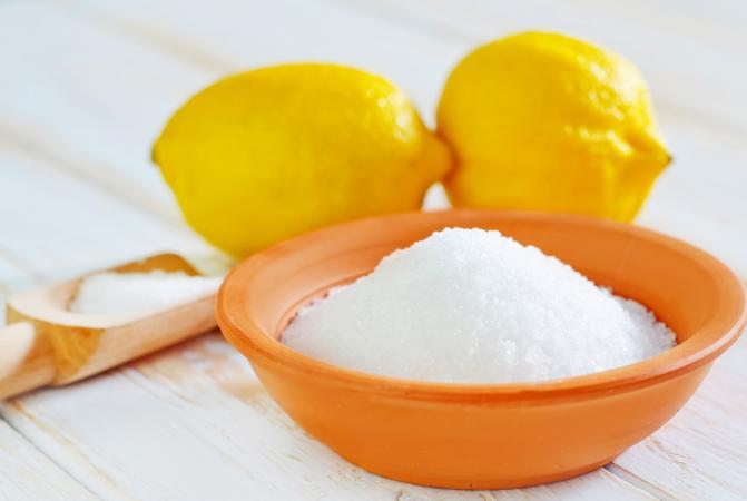 Соль и лимонная кислота поможет эффективно очистить посудомоечную машину от накипи