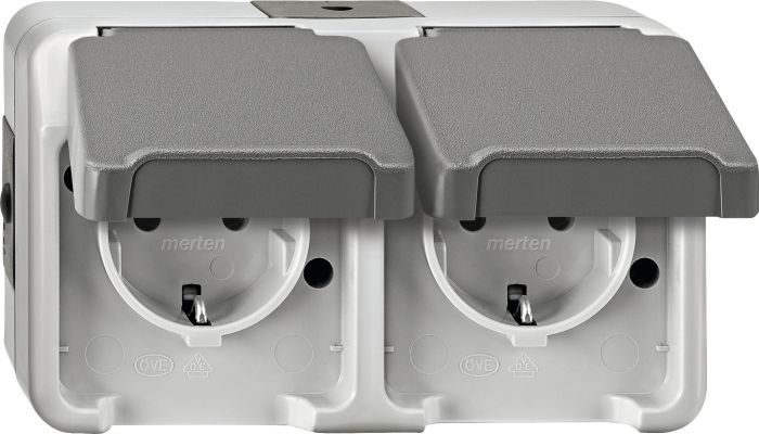 Для монтажа посудомоечной машины под столешницу важно подобрать розетки с защитой от воды