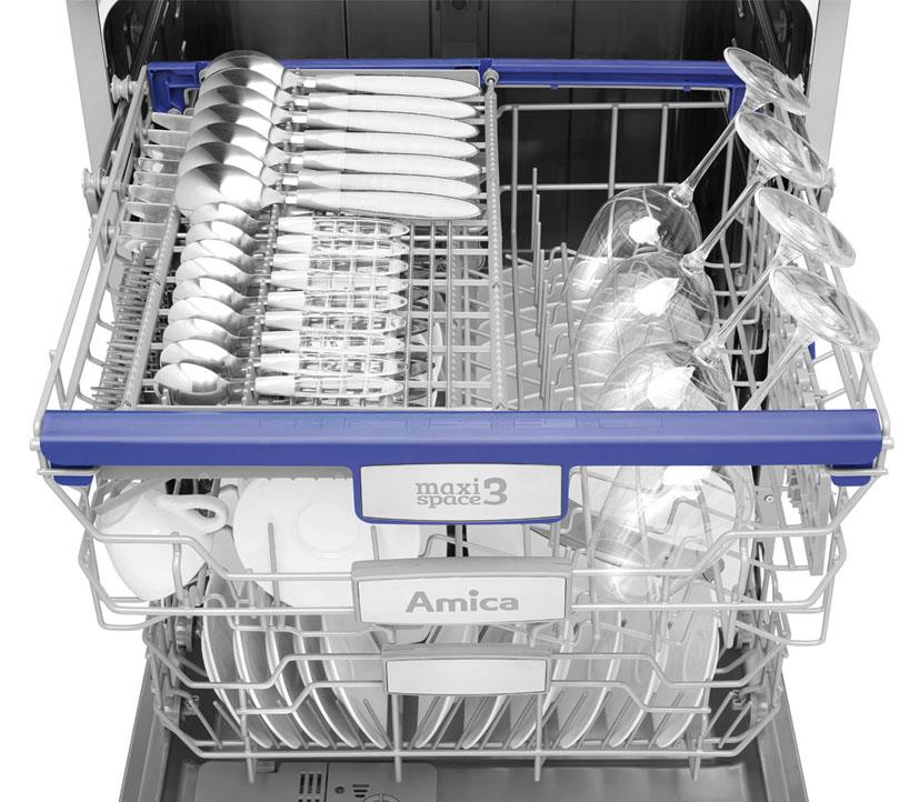 Большой лоток для бункера посудомоечной машины с использованием дополнительных аксессуаров
