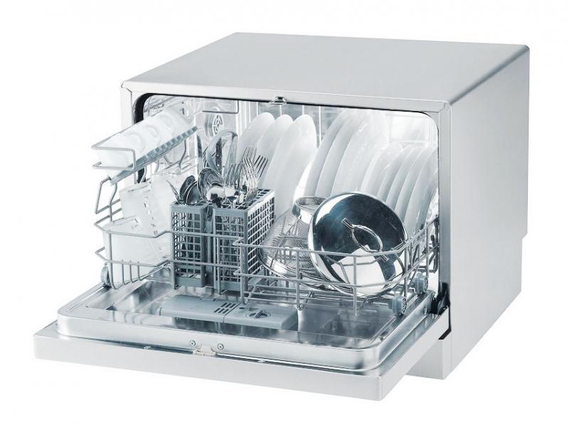 Компактная посудомоечная машина Candy CDCP 8/E-S для размещения на столешнице