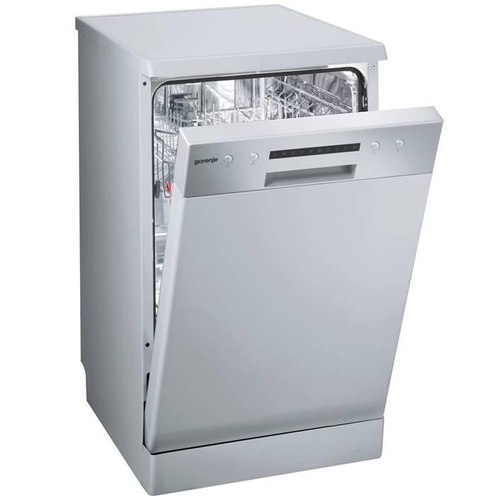 Модель отдельностоящей посудомоечной машины Gorenje GS52214W в строгом классическом стиле