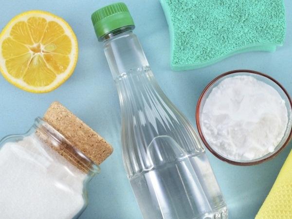 Народные средства помогут избавиться от пятен на хрустальной посуде в посудомоечной машине