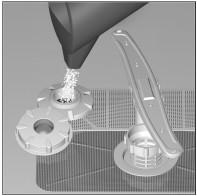 Правила насыпания специализированной соли для смягчения воды в посудомоечных машинах