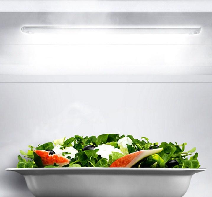 Современная LED подсветка в современных моделях холодильников компании Самсунг