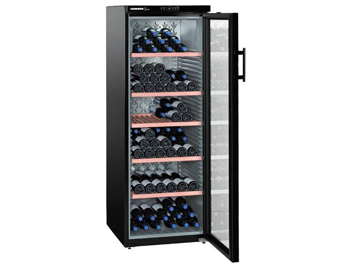 Вертикальный винный шкаф с прозрачной дверцей и высокими полками для хранения большого количества бутылок