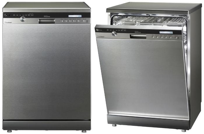 Модель полноразмерной посудомоечной машины отдельностоящего типа для установки на большой кухне