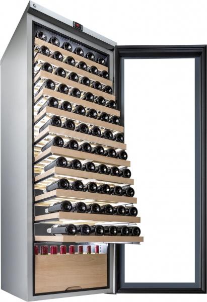Большой отдельностоящий винный шкаф с системой охлаждения и подвижными полками для ресторанов
