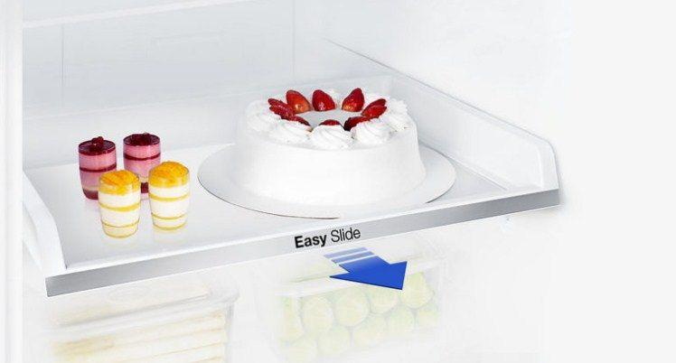 Полки для продуктов в моделях холодильников Самсунг имеют возможность выдвижения на несколько сантиметров
