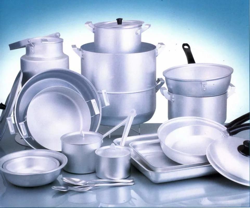При мытье алюминиевой посуды в посудомоечной машине есть риск быстрого потемнения поверхности