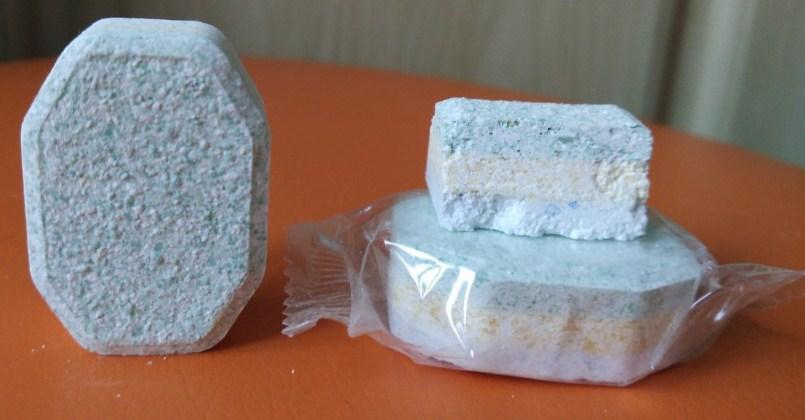 Каждая подушечка таблетки состоит из трех слоев порошка, соли и ополаскивателя