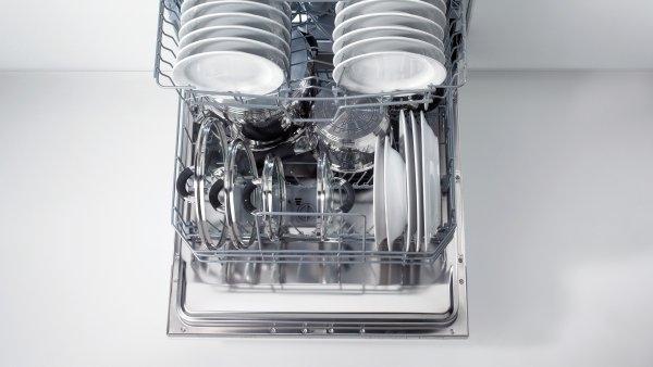 Трехуровневая система регулировки корзин SmartFlex обеспечивает превосходное качество мытья