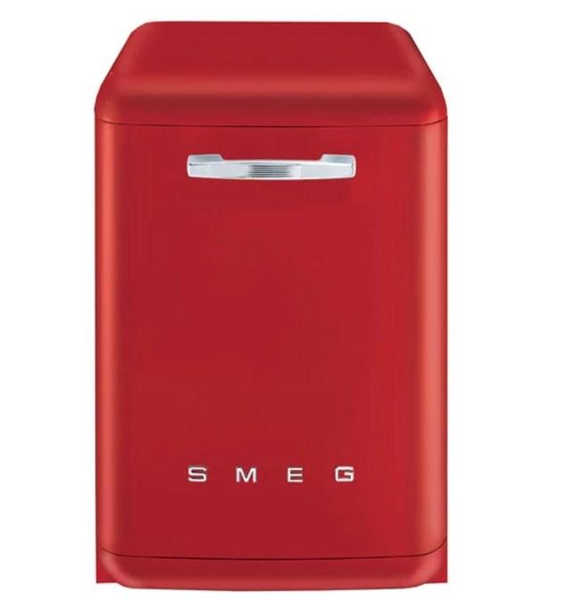 ПММ Smeg BLV2AZ имеет изящный дизайн при широкой функциональности
