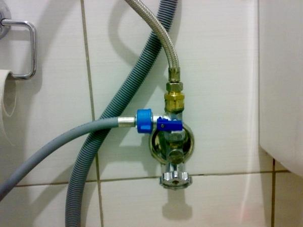 Монтаж дополнительных модулей к водопроводу для самостоятельного подключения посудомоечной машины