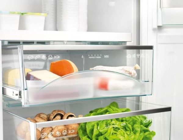 Холодильники компании Ардо оснащены герметичными лотками для хранения разных видов продуктов