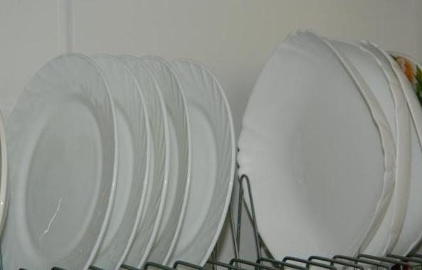 При правильной дозировке Сомета - посуда блистает чистотой
