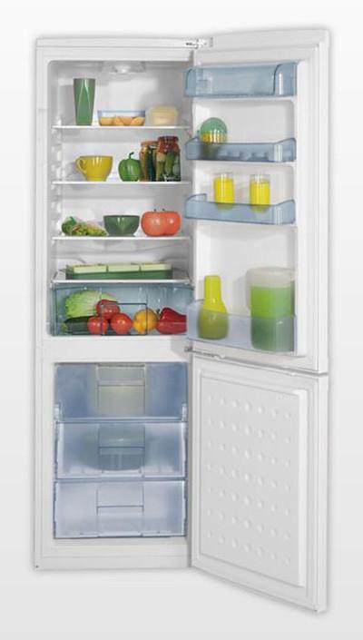 Классическая модель двухкамерного холодильника Беко CS 328020 с тремя отделениями нижней морозилки