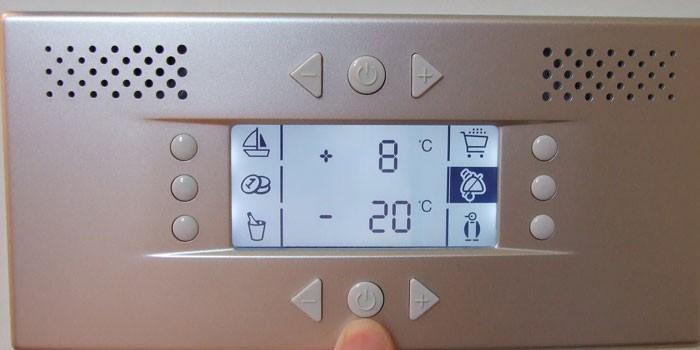 Регулировка температуры на панели управления
