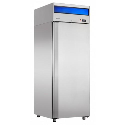 Холодильный шкаф с глухой дверью
