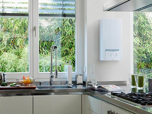 Проточный кухонный электронагреватель