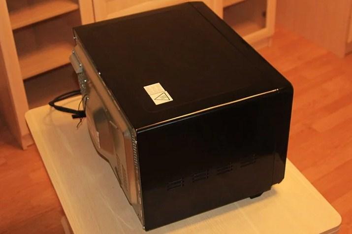 Hotpoint-Ariston MWHA 2622 MB вид сверху сбоку