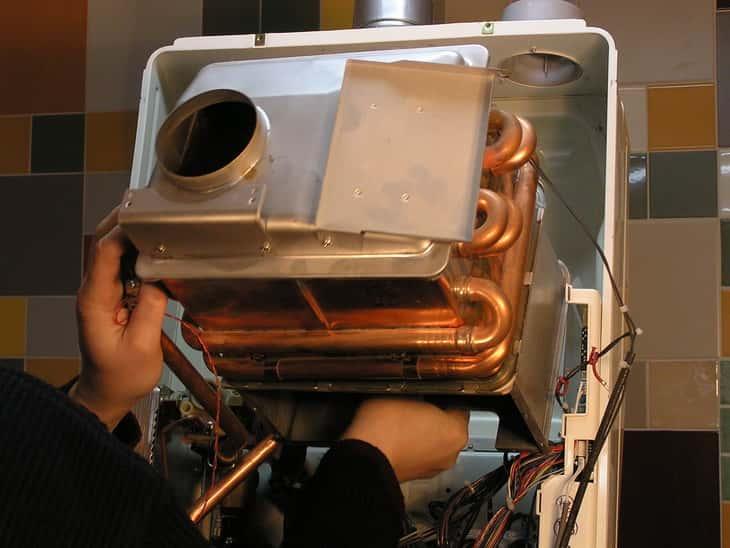Демонтаж теплообменника газовой колонки