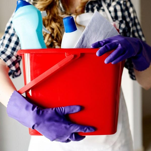 Каким средством мыть холодильник внутри