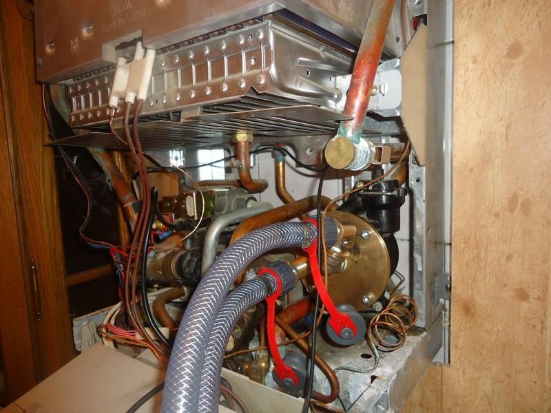 Как почистить теплообменник в газовом котле в домашних условиях Пластинчатый теплообменник HISAKA UX-130 Кызыл