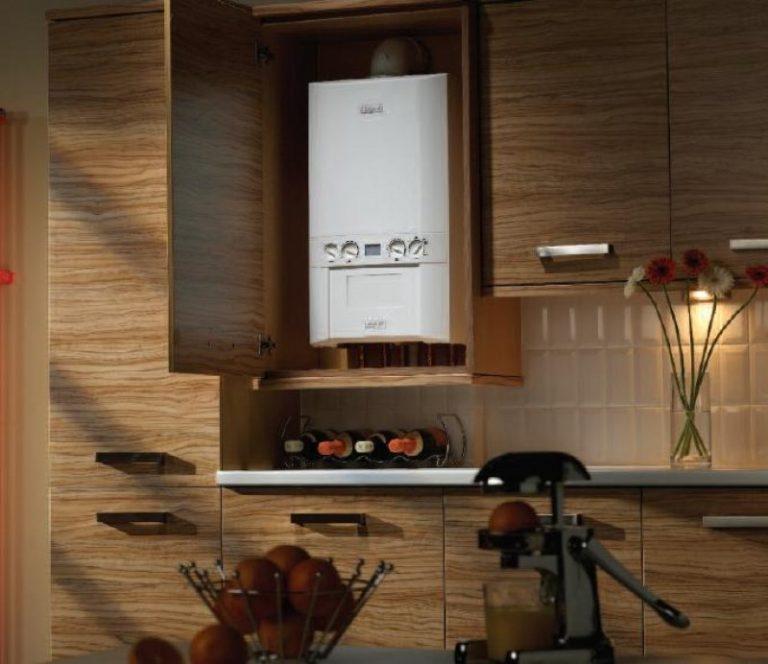Газовый котел в кухонном интерьере
