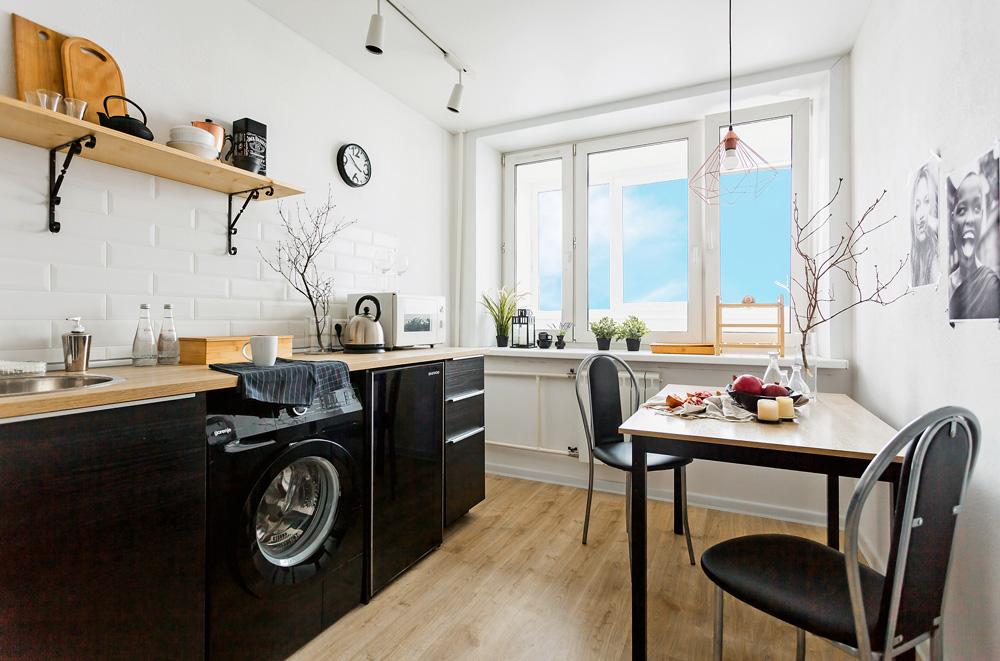 Черная СМА в интерьере квартиры